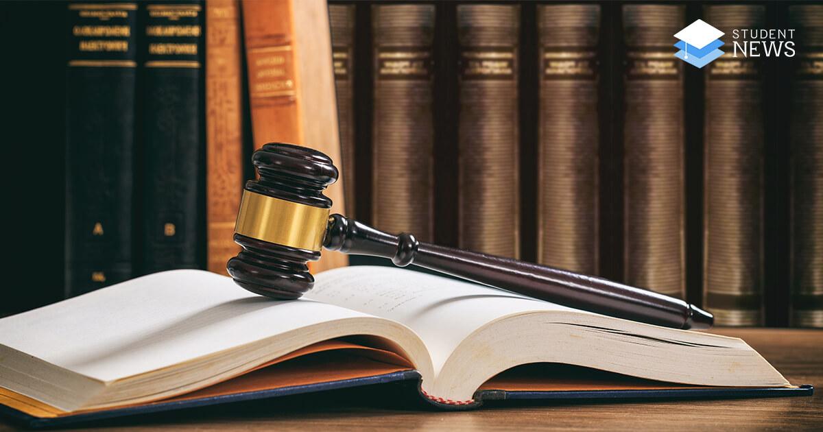 studenti la drept